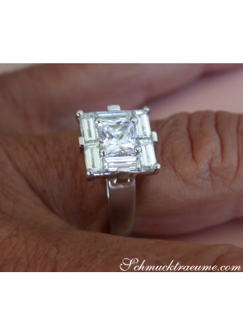 Extravagant Princess Diamond Ring with Baguette Diamonds