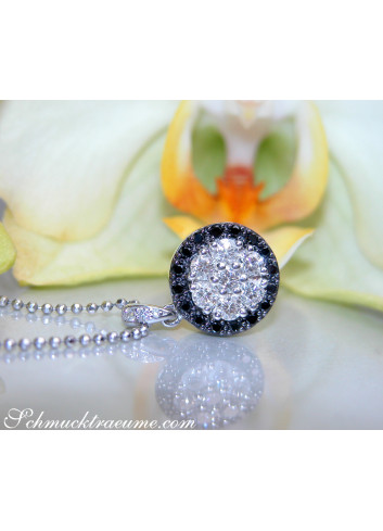 Beautiful Black & White Diamond Pendant in White gold