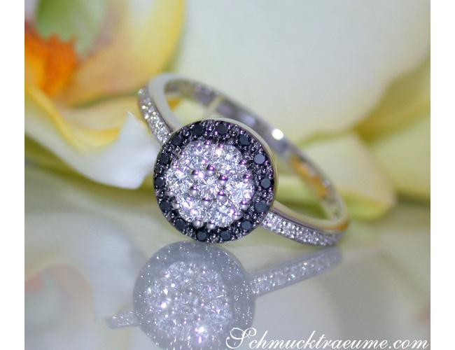 Zeitlos edler schwarze Diamanten Ring in Weiß Gold 585