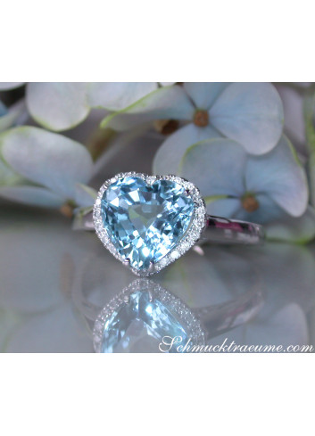 Cute Aquamarine Diamond Heart Ring