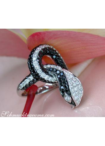 Schlangen Ring mit schwarzen Diamanten