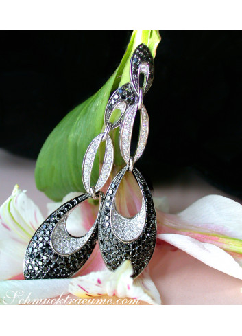 Modern Dangle Earrings with Black Diamonds
