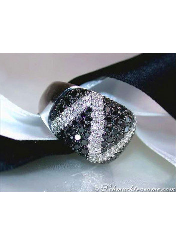 Black & White Diamond Zig - Zag Ring