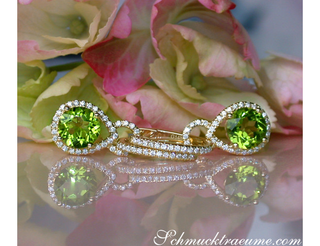 Enchanting Peridot Earrings with Diamonds
