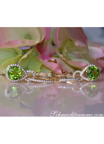 Enchanting Peridot Earrings with Diamonds