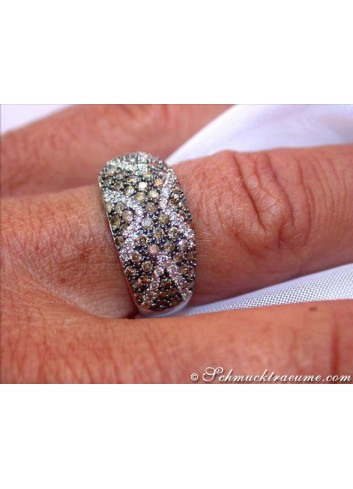 Interesting Brown & White Diamond Ring