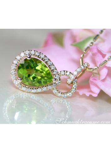 Peridot Anhänger mit Diamanten Gelbgold