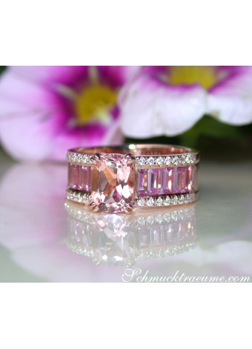 Morganit Ring mit pinken Saphiren und Brillanten