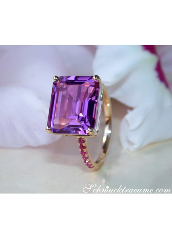 Striking Amethyst Ring with Rubies