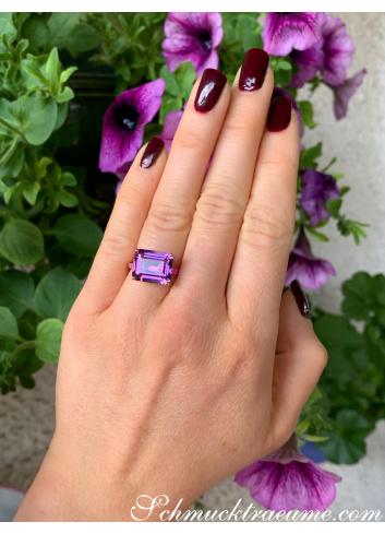 Amethyst Ring mit Rubinen
