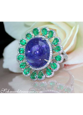 Tansanit Ring mit Smaragden und Diamanten