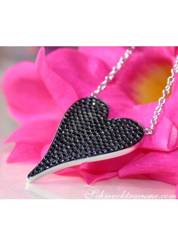 Schwarze Diamanten Halskette Herz