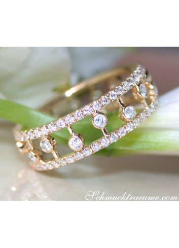 Enchanting Diamond Eternity Ring in Yellow gold 14k