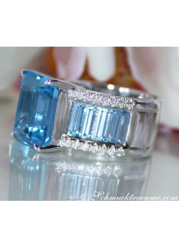 Blautopas Ring mit Diamanten