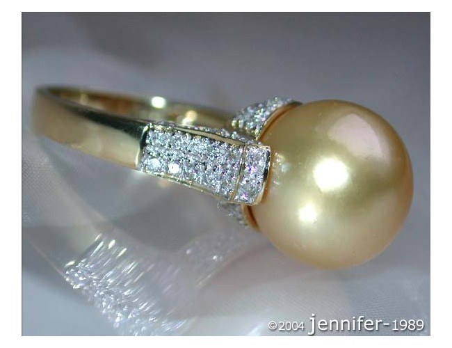 Superb Golden Southsea Pearl Ring with Diamond Collar