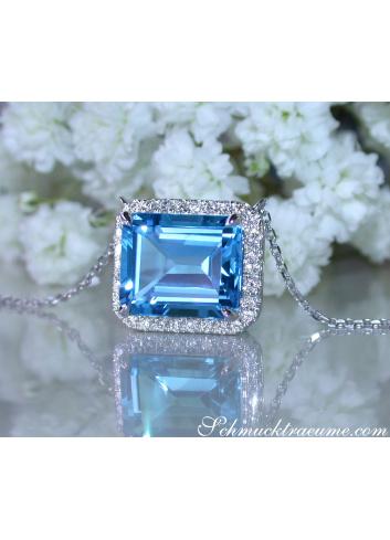 Magnificent Blue Topaz Necklace with Diamonds