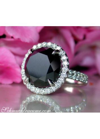 Spectacular Black Diamond Solitaire Ring (14,58 ct.)
