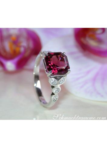Rhodolith Ring mit Diamanten