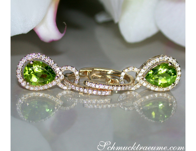 Convertible Peridot earrings with diamonds