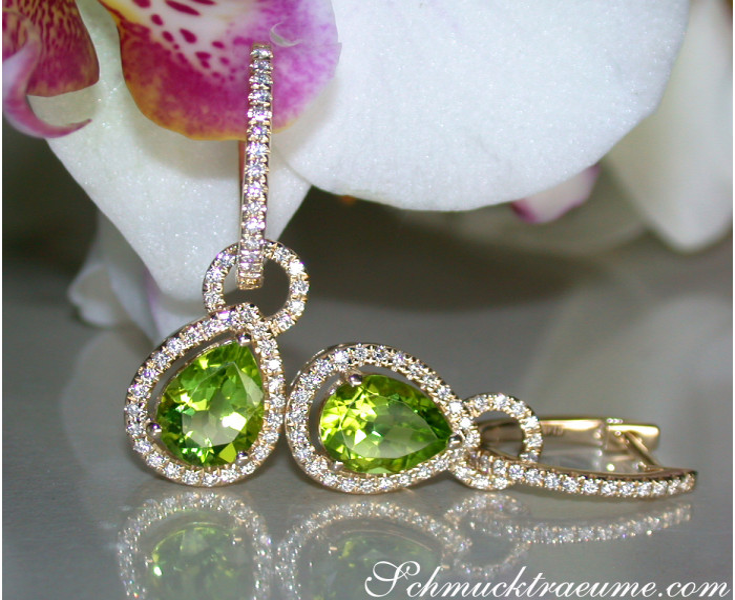Convertible Peridot earrings with diamonds