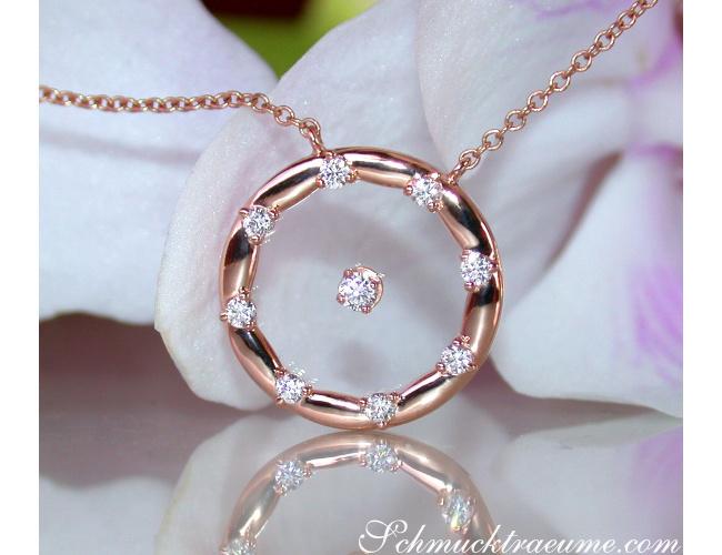 Exquisite Brillanten Halskette mit Saphirglas