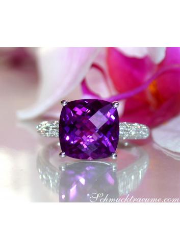 Charmanter Amethyst Ring mit Diamanten