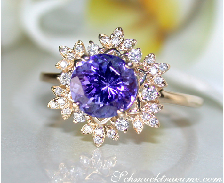 Tansanit Ring mit Diamanten Gelbgold 750