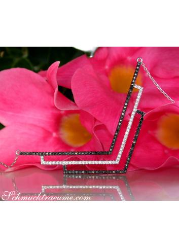 Extravagante Halskette mit schwarzen & weißen Diamanten