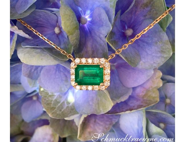 Smaragd Halskette mit Brillanten in Gelbgold 585