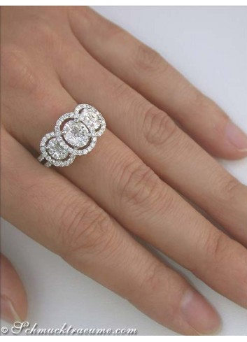 Exceptional Diamond Ring (Illusion Design)