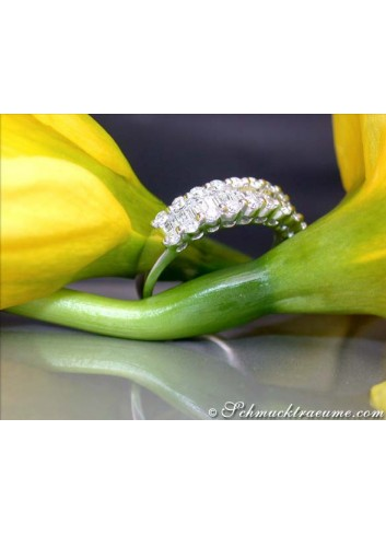 Timeless Diamond Ring with Baguette Diamonds in White gold 18k