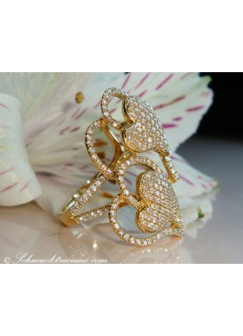 Feminine Diamond Heart Ring