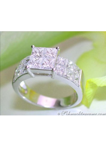 Noble Princess Diamond Ring