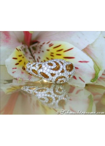Glamorous Diamond Ring in Yellow gold 18k