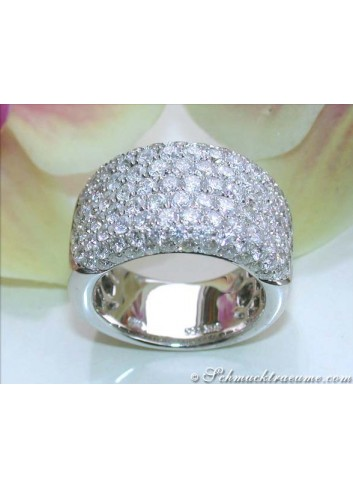 Extra wide Diamond Ring (3,76 ct.)