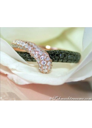 Beautiful Black & White Diamond Ring in Rose gold 14k