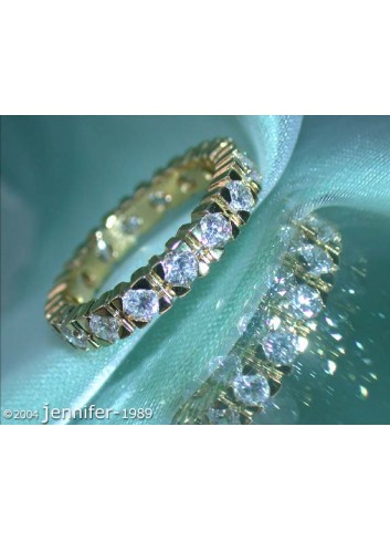 Classic Diamond Eternity Ring in Yellow Gold 18k