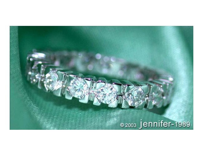 Precious Diamond Eternity Ring (1,35 ct.)
