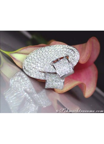 Opulent Diamond Ring (6,16 ct.)