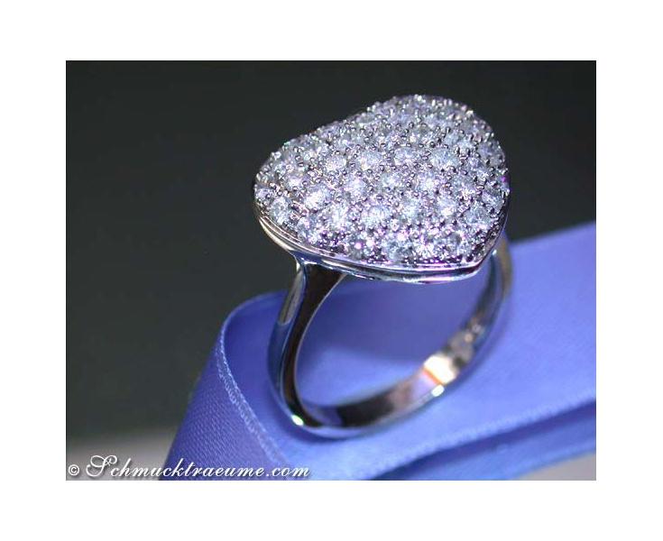 Herz Ring mit Diamanten