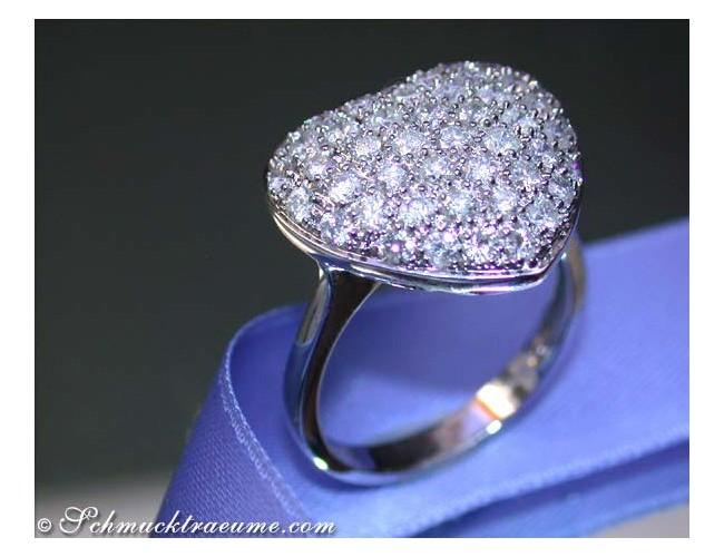Cute Diamond Heart Ring