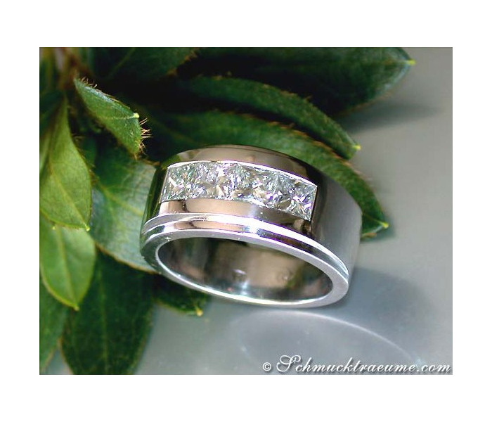 Exclusive Diamond Men's Ring