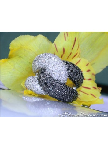 Voluminous Black & White Diamond Ring