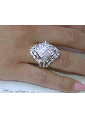 Noble Princess & Marquise Cut Diamond Ring