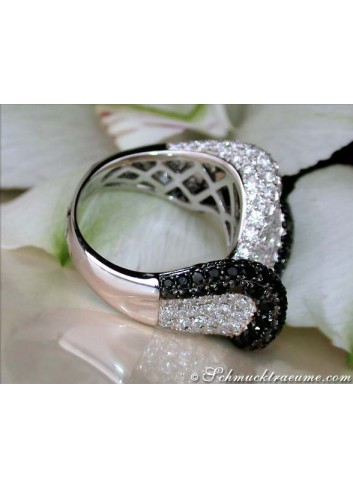 "Tremendous Black & White Diamond ""Wave"" Ring"