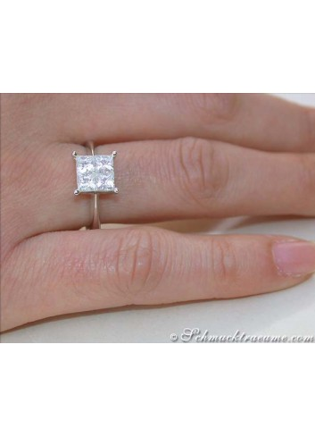 Princess Diamant Ring am Finger