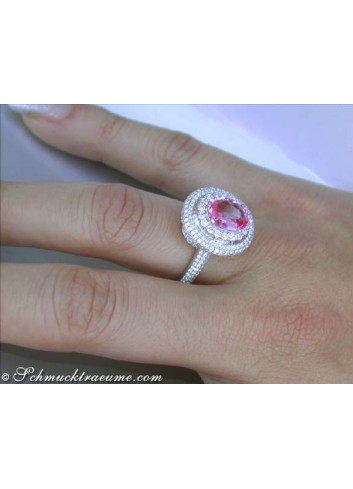 Noble Pink Sapphire Ring with Diamonds