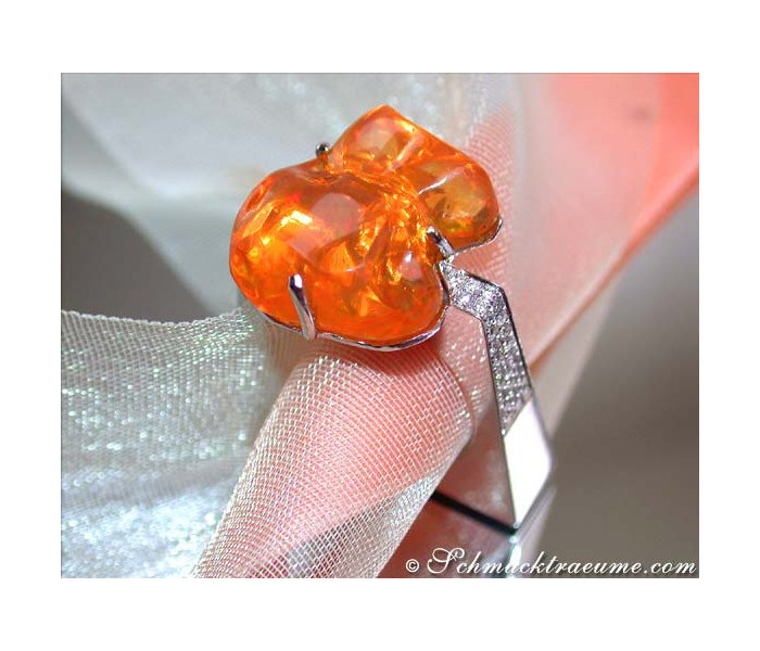 Extravagant Fire Opal Diamond Ring