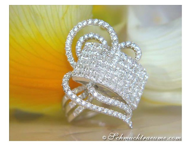 Glorious Princess Diamond Ring