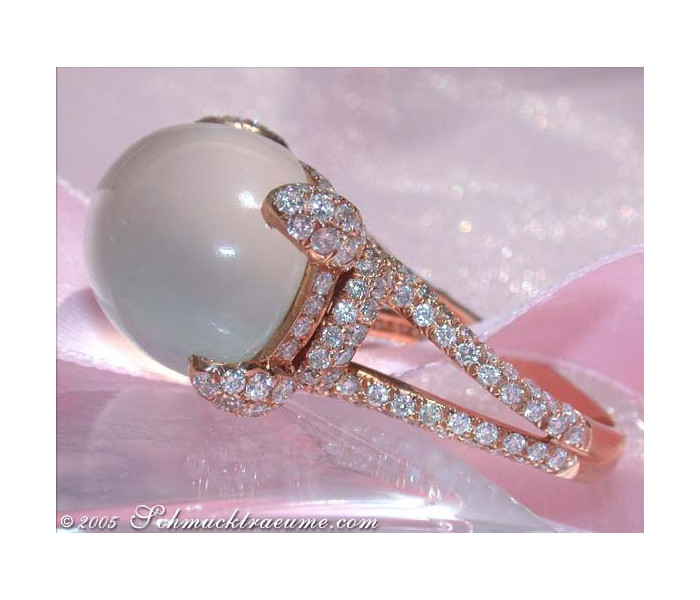 Magnificent Moonstone Ring with Diamonds